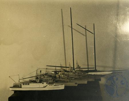 Image: bakerhunt146 - Sailboats. Photograph taken from a scrapbook. This image was provided by the Baker Hunt Art and Cultural....