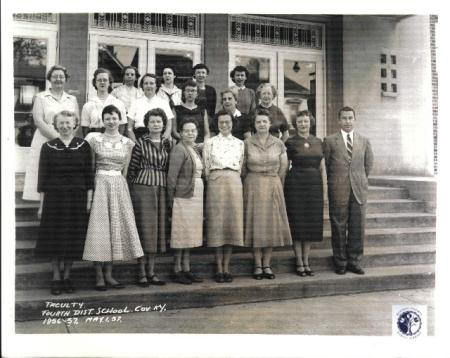 Image: di01085 - Faculty/staff photo