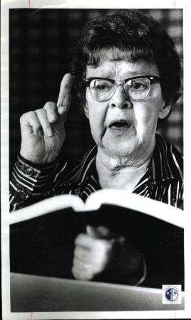 Image: di01168 - Beulah Latimer, 69. Woodspoint resident for 18 month.  (Woodspoint in Florence, KY) conducting her bible....