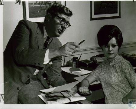 Image: di05200 - Bob Goldsborough & June (Mrs Kenneth) Wingate