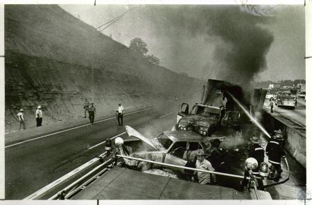 Image: di05665 - Truck accident on I-75