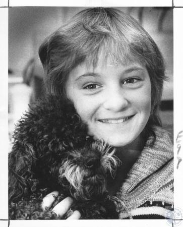 Image: di06725 - Terri Rodgers, 10, & dog Sniffles