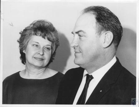 Image: di07925 - Mr. and Mrs. Von A. Skeen