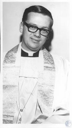 Image: di09484 - Rev. David Roeding, Holy Cross