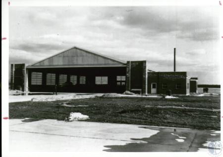 Image: di10104 - original hangar