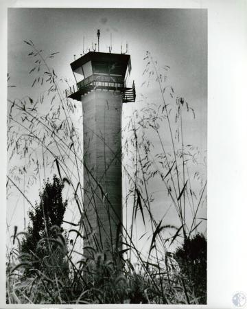 Image: di10119 - air traffic control tower