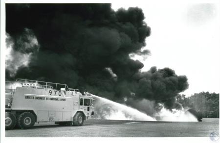 Image: di10126 - fire department practicing