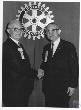 Image: di10724 - Hobart Landon (left)