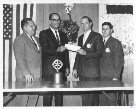 Image: di10725 - Charlie M. Kenney, Frank Middeberg, Tom Helson, Ray Beil