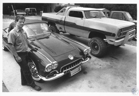 Image: di10863 - Clay Cook and restored 1960 Corvette