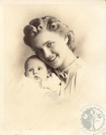 Image: di100192 - Rita Z. Scheper and daughter Mary Anita