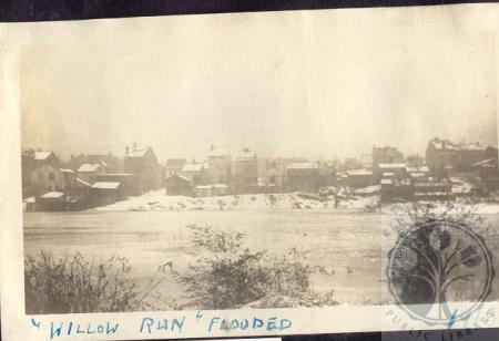 Image: di100198 - view west over flooded Willow Run