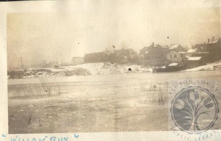 Image: di100199 - view southwest over flooded Willow Run