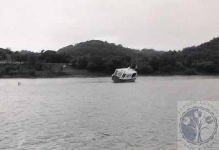 Image: di100209 - Coney Island Ferry