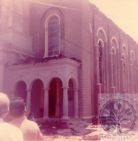 Image: di100229 - front of church after the fire