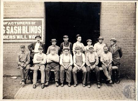 Image: di100470 - Mill Workers - 3rd from left, 2nd row: Ollie Schmitz