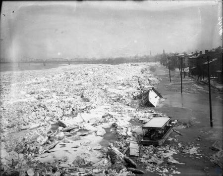 Image: di107252 - Flooded and frozen Ohio River and Covington shoreline.