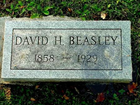 Image: di109561 - David H. Beasley