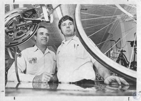 Image: di11040 - Larry Bland Sr. & Jr. in Bike Shop
