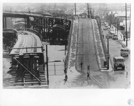 Image: di11463 - Wagon Bridge & Railroad Bridge that used to unload grain for Wiedeman beer