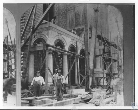 Image: di12261 - renovation of church, construction of new portico