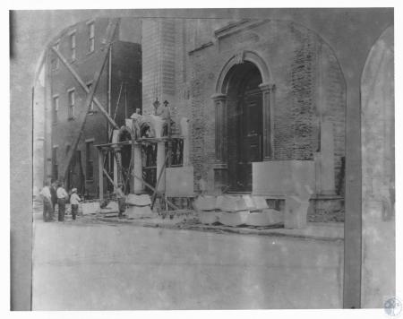 Image: di12275 - construction of portico
