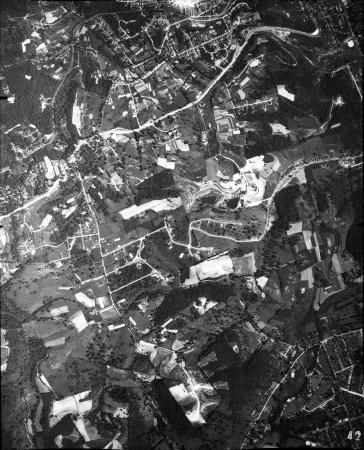 Image: di120916 - Aerial view of Covington, and Fort Wright. Image number 42 in series.