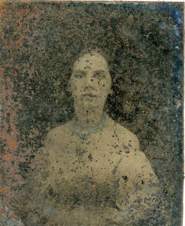 Image: di126399 - Tintype of unknown woman.