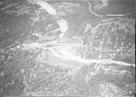 Image: di128017 - Aerial view of Ft Wright or Ft Mitchell, I-71/I-75 construction