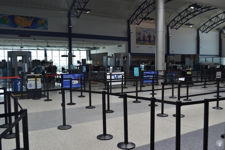 Image: di128348 - Deserted securtiy check points at the Greater Cincinnati International Airport