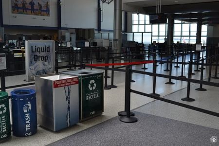 Image: di128350 - Deserted securtiy check points at the Greater Cincinnati International Airport