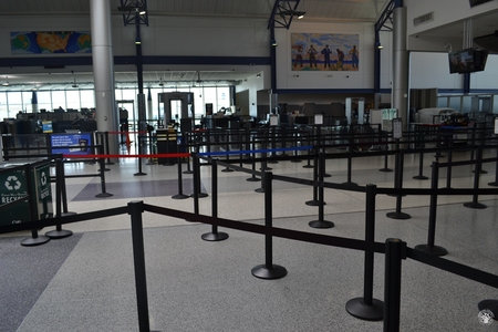 Image: di128352 - Deserted securtiy check points at the Greater Cincinnati International Airport