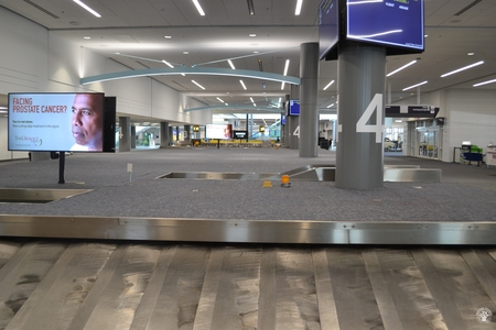 Image: di128354 - Empty baggage claim carousels at the Greater Cincinnati International Airport