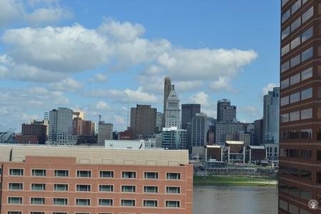 Image: di128387 - View toward Cincinnati