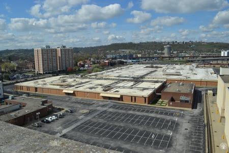 Image: di128388 - Nearly empty parking lot looking toward Radisson Hotel