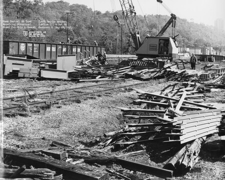 Image: di128427 - Penn Central RR Yard - receiving structural steel for Ohio approach, I-471 bridge project. Photo from....