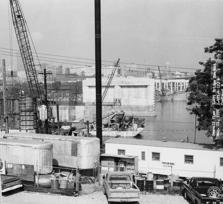 Image: di128461 - Overall view, I-471 bridge project