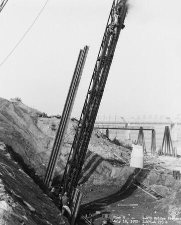 Image: di128471 - Pier 5, I-471 bridge project