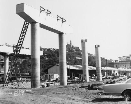 Image: di128483 - Pier 11, I-471 bridge project