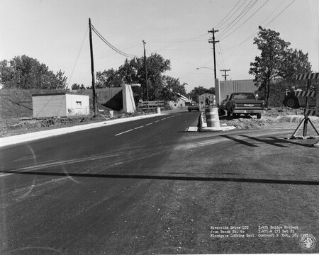 Image: di128508 - Riverside Drive LTC from Beech Street to floodgate looking East, I-471 bridge project