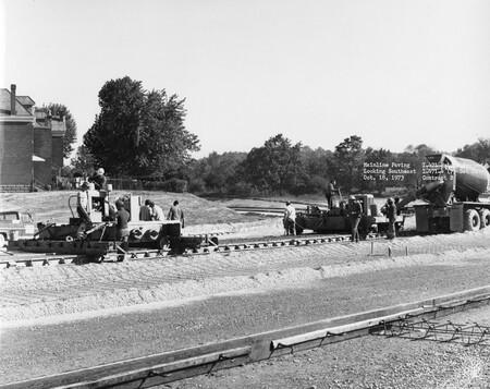 Image: di128509 - Mainline Paving, looking Southeast, I-471 bridge project