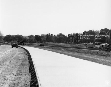 Image: di128511 - Concrete pavement, looking South, I-471 bridge project