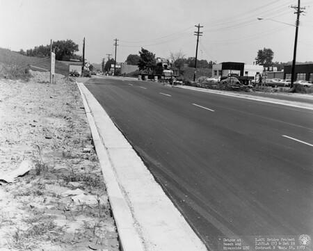 Image: di128532 - Detour at Beech and Riverside, I-471 bridge project
