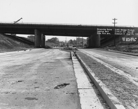 Image: di128533 - Riverside Drive, looking East from Park Avenue, I-471 bridge project. Photo from Stevie Photo Lab, 400....