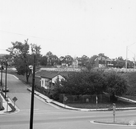Image: di128613 - View of houses, I-471 bridge project