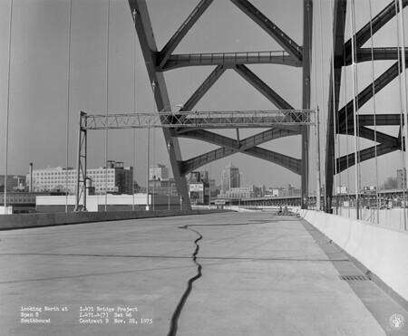 Image: di128622 - Looking North at Span 8, Southbound, I-471 bridge project
