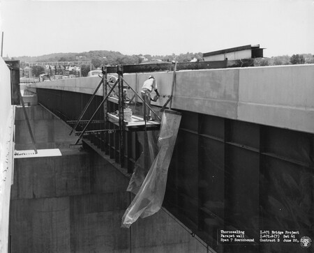 Image: di128649 - Thorosealing Parapet wall Span 7 Southbound, I-471 bridge project
