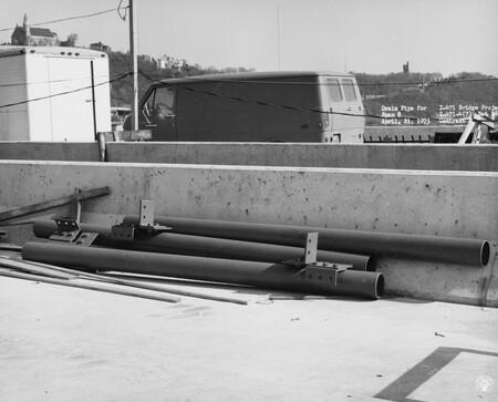 Image: di128662 - Drain pipe for span 8, I-471 bridge project
