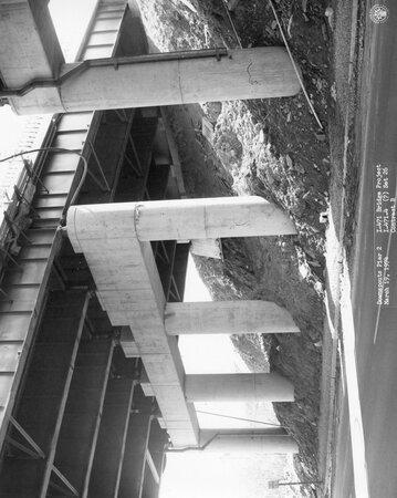 Image: di128731 - Downspouts pier 2, I-471 bridge project
