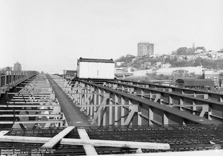 Image: di128737 - Structural steel, Northbound spans 6 & 7, I-471 bridge project